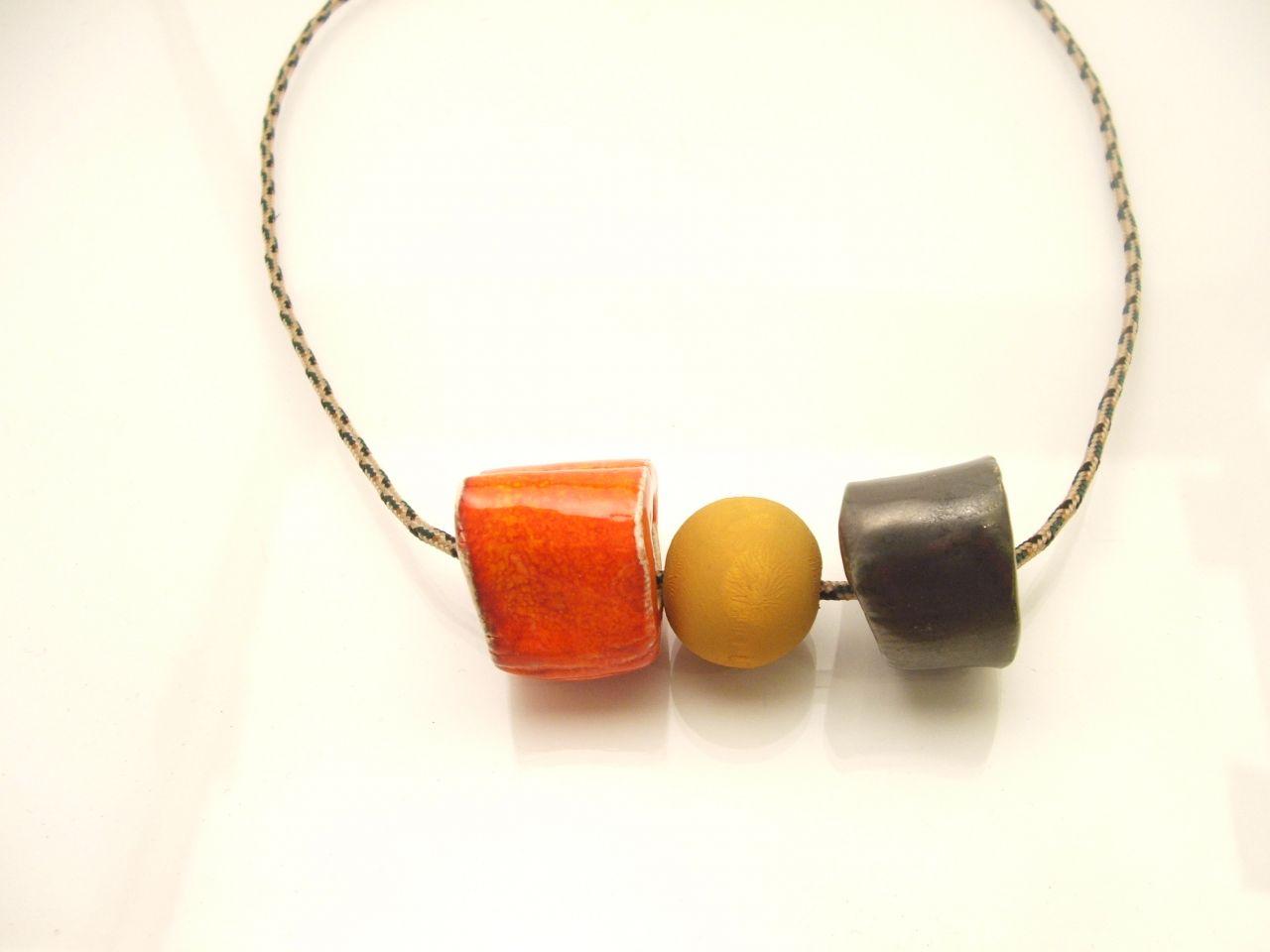""""""" Narancs forma """" kerámia nyaklánc"""