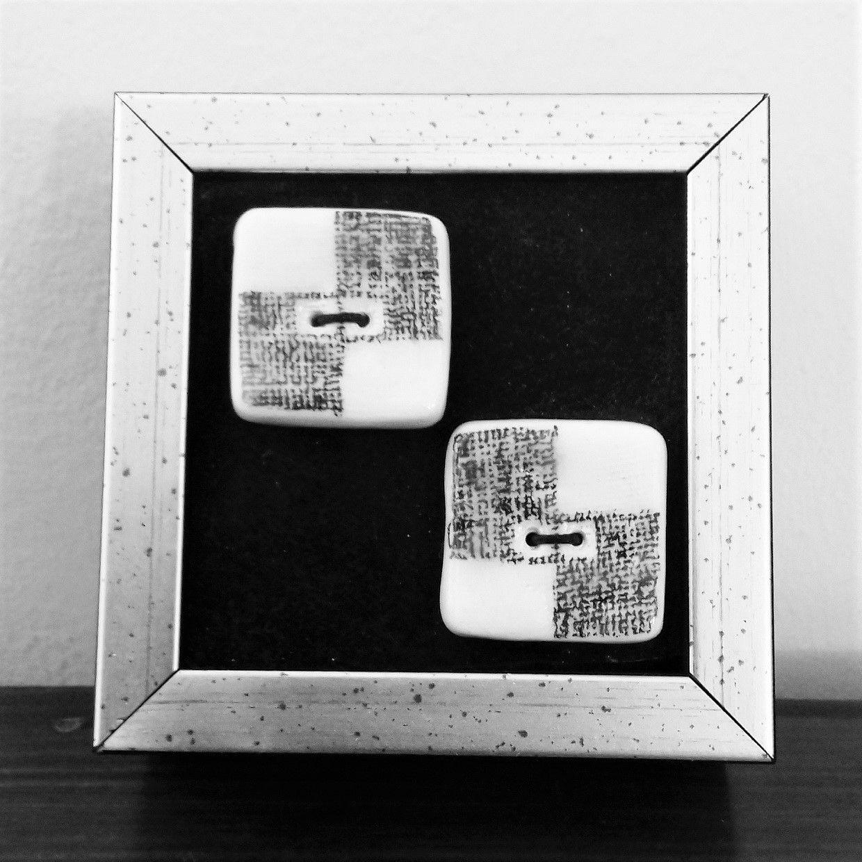 """"""" Fekete-fehér gombok """" kerámia mini falikép"""